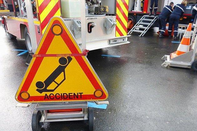 Une jeune femme en urgence absolue après un accident