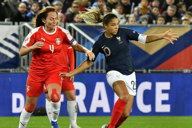 Qualifs Euro-2021 dames: la vague bleue emporte la Serbie, avec Majri en folie
