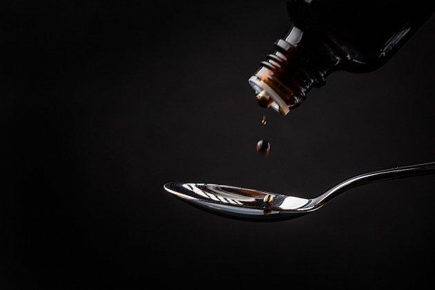 Josacine empoisonnée: la contre-enquête de Corinne Tanay