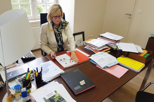 La pêche intensive inquiète la maire Marie-Agnès Poussier-Winsback