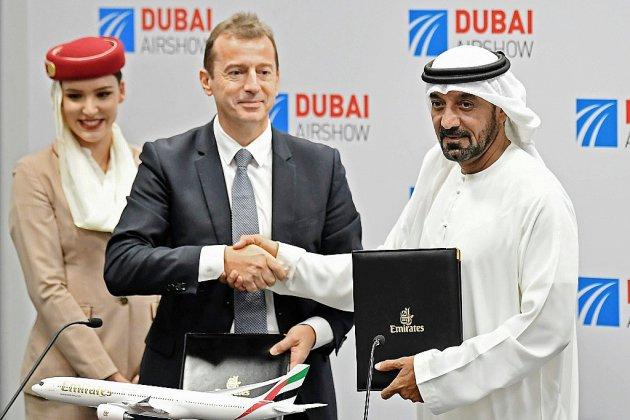 Salon de Dubaï: Airbus fait le plein, Boeing parvient à vendre des 737 MAX
