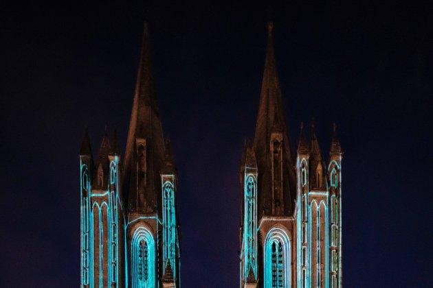 Une fresque lumineuse sur la cathédrale pour les fêtes