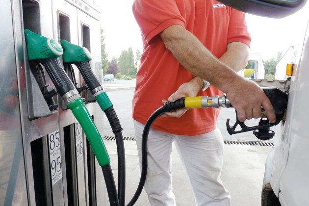 Pénurie d'essence: l'inquiétude se propage