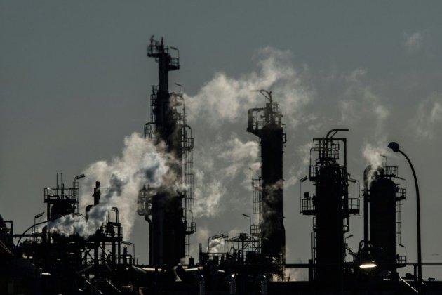 """Blocage des dépôts pétroliers: des """"avancées"""", selon des professionnels du BTP"""