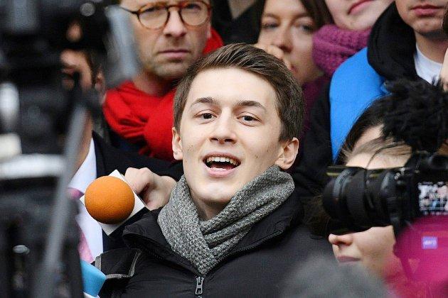 """Russie: un étudiant blogueur condamné pour """"extrémisme"""""""