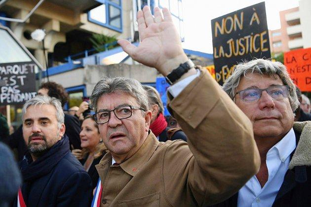 Perquisition houleuse à LFI : décision attendue pour Mélenchon et ses proches