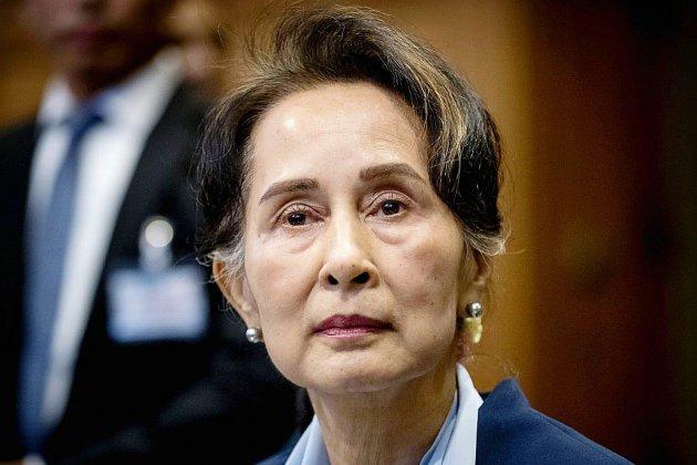 """Rohingyas: Aung San Suu Kyi nie devant la CIJ toute """"intention génocidaire"""""""