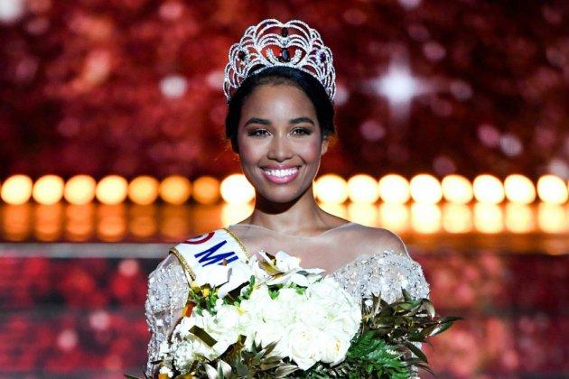 La Guadeloupéenne Clémence Botino désignée Miss France 2020