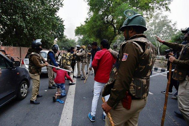 Loi sur la citoyenneté: les manifestations se propagent en Inde