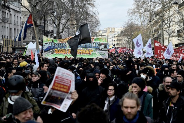 """""""On est tous perdants"""": paroles de manifestants contre la réforme des retraites"""