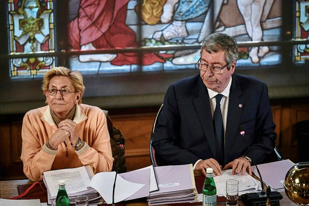 Les Balkany renoncent à se représenter à Levallois-Perret