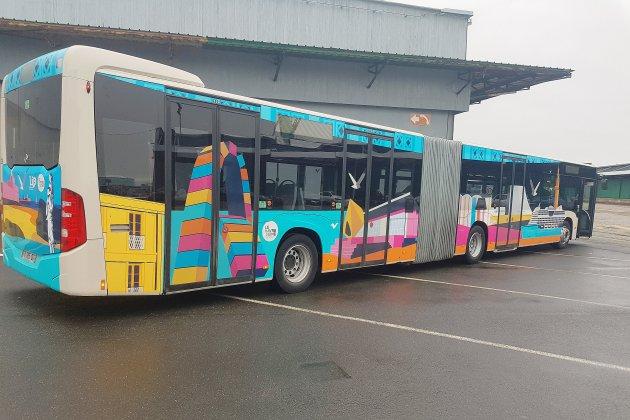 Inauguration des bus croisières aux couleurs de la ville