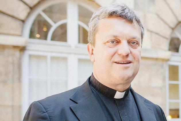 Monseigneur Benoist de Sinety est l'invité deTendance Confidences