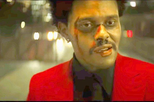 The Weeknd hors de contrôle dans Blinding Lights