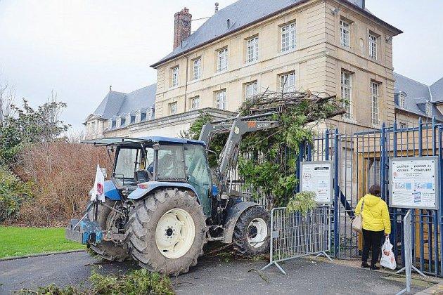Des agriculteurs mobilisés contre les zones de non-traitement