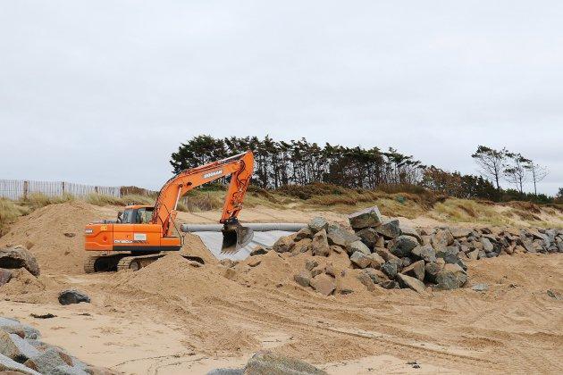 Littoral: des enrochements pour consolider dunes et digues