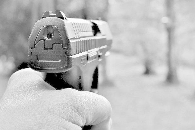 La police municipale dotée de pistolets semi-automatiques