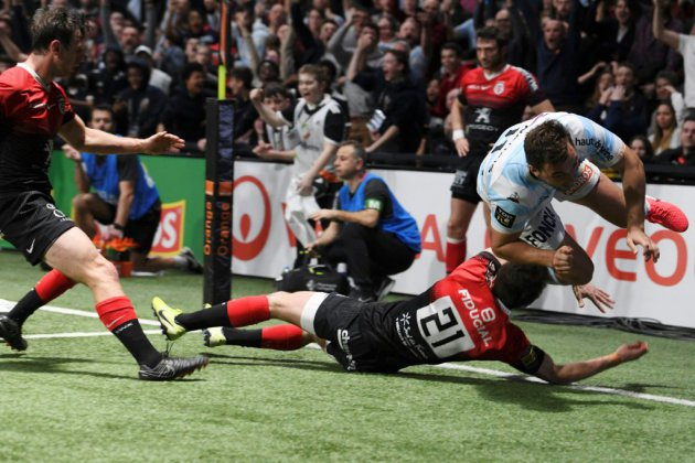 Top 14: le Racing assomme Toulouse et touche le podium
