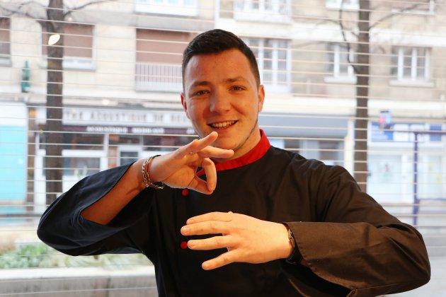Sean Lemercier, alias Jackisigne, propose des vidéos de cuisine pour les sourds