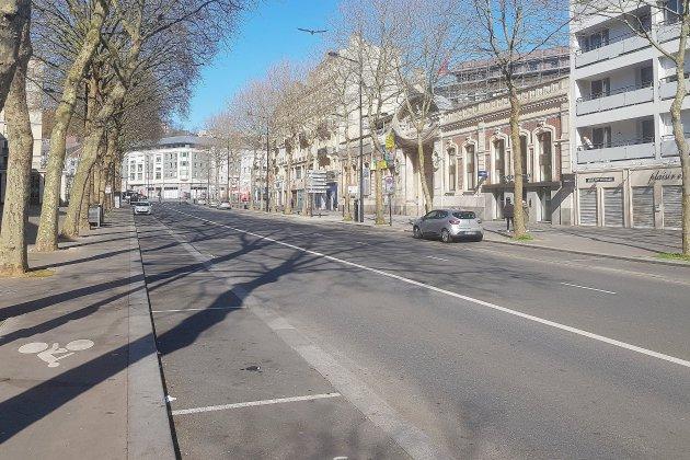 Coronavirus: toutes les rues sont-elles vraiment vides? Reportage