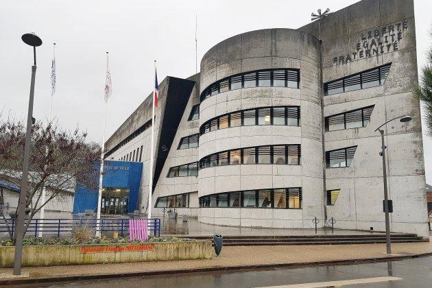 Covid-19: pour respecter le confinement, la mairie ferme au public