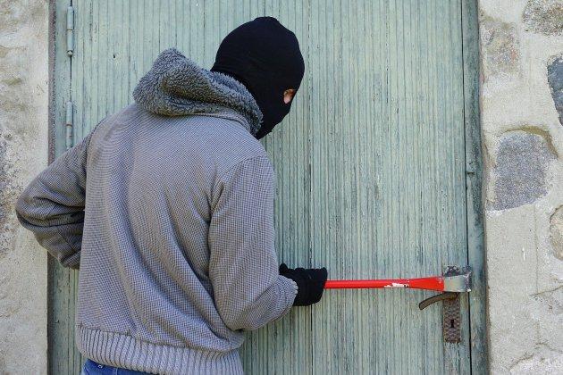 Des voleursoublient leur attestation de déplacement après leur méfait
