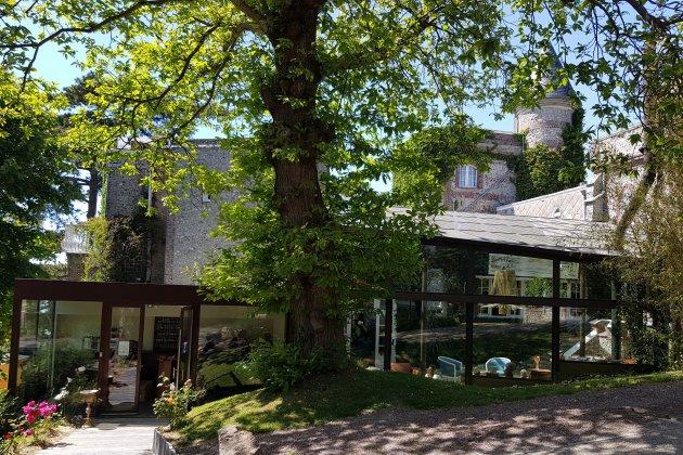 L'hôtel Le Donjon a rouvert ses portes