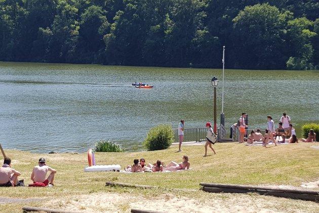 Loin des côtes, venez flâner au bord du lac de Rabodanges !