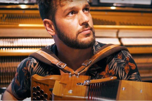 Les concerts de Claudio Capéo de nouveau reportés