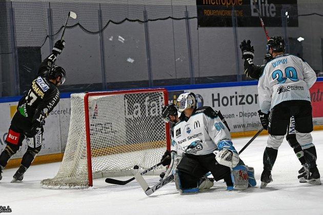 Hockey: Nicolas Deschamps et Florian Chakiachvili confirment