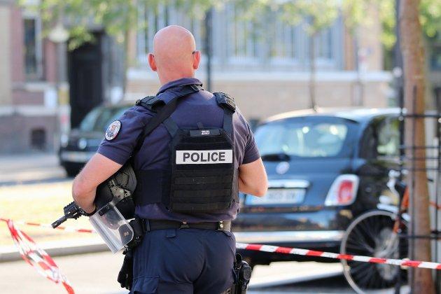 Prise d'otages dans une banque : le suspect mis en examen et écroué