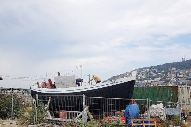 La caïque Vierge de Lourdes retourne à la mer