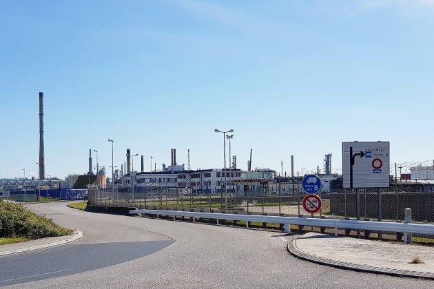Opérations de maintenance et torchères possibles à ExxonMobil