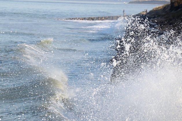 Coup de vent et mer agitée sur le littoral de la Manche