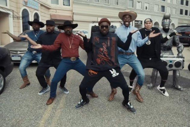 Les Black Eyed Peas dévoilent un nouveau clip, en bonne compagnie