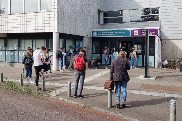 Covid-19 : une campagne de dépistage pour les étudiants sur le campus