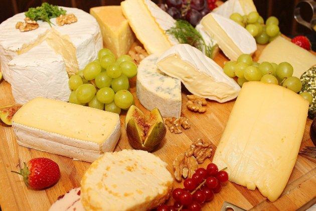 Le plus grand plateau de fromages du monde est français, ouf!