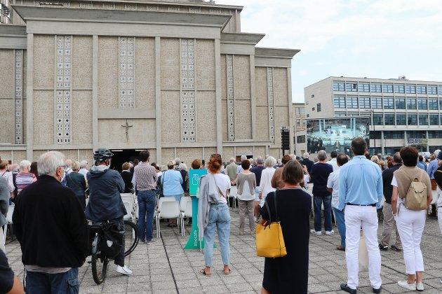 Obsèques d'Antoine Rufenacht: 500 personnes rendent hommage à l'ancien maire du Havre