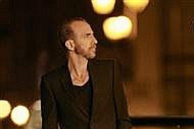 Calogero s'accompagne à nouveau d'un saxophone pour sondernier single