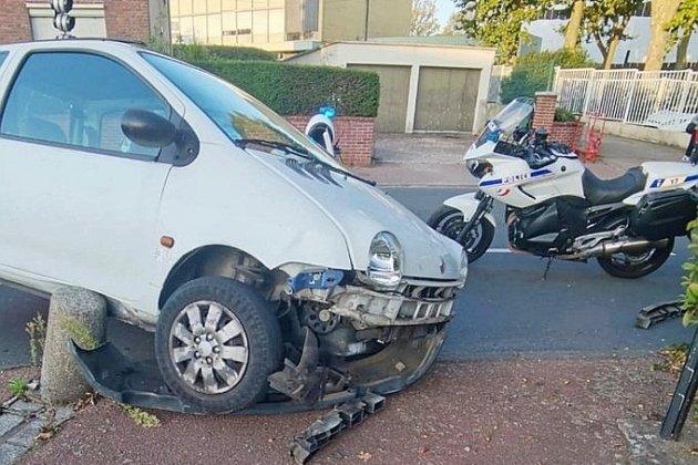 Face aux policiers, un jeune de 14 ans prend la fuite en voiture