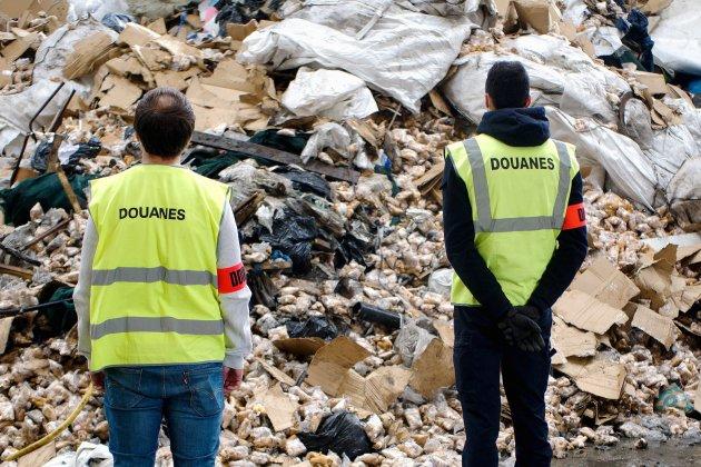 40000 peluches dangereuses détruites par les douaniers