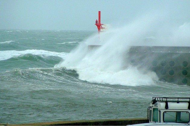 Le Morbihan passe en vigilance rouge — Tempête Alex