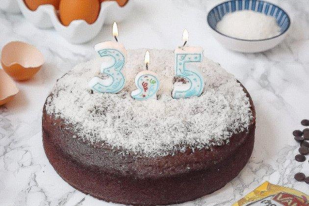 """La marque Vahiné lance sa bougie de """"demi-anniversaire"""""""