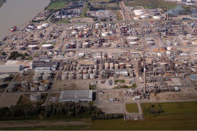 Suppression de postes et fermeture d'unité à ExxonMobil