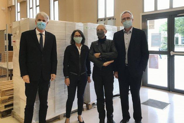 Covid-19: 5000 kits de protection gratuits pour lesétudiantsen précarité