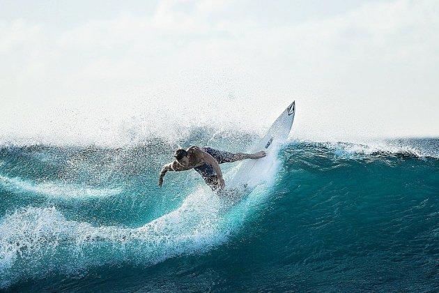Blessé à la tête, un surfeur héliporté à l'hôpital