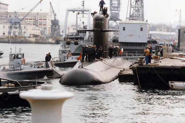 """Après l'incendie en juin, le sous-marin nucléaire """"Perle"""" sera réparé"""