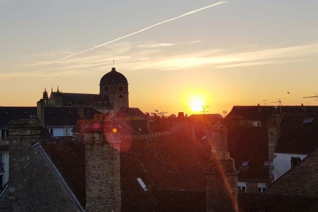 Ville sanctuaire, Alençon s'anime pour célébrer la 25e heure
