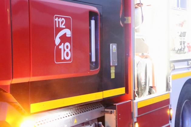 Feu de voiture dans un parking sous-terrain: 10 personnes évacuées