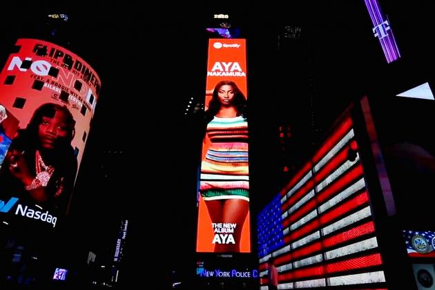 Avec son nouvel album, Aya Nakamura veut vivre son rêve américain